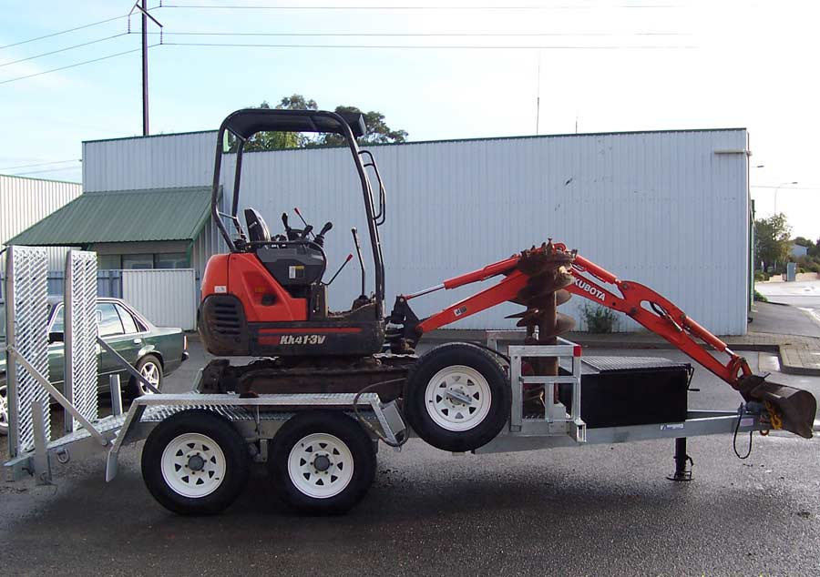 4.5t mini-excavator trailer with hot dip galvanised body