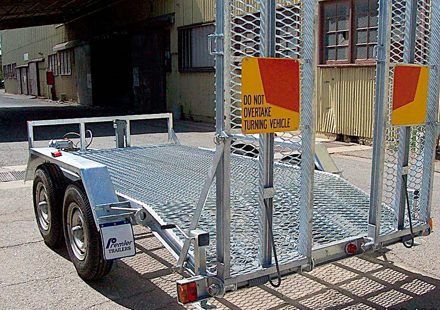 4.5t plant trailer with hot dip galvanised chassis